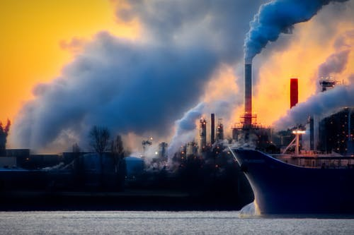 Pollution Of The Fast Fashion Industry And Its Environmental Impact